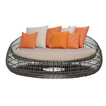 rattan two seater day bed